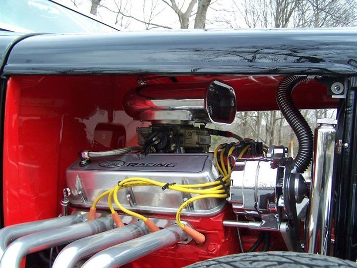1932 Ford Roadster Engine
